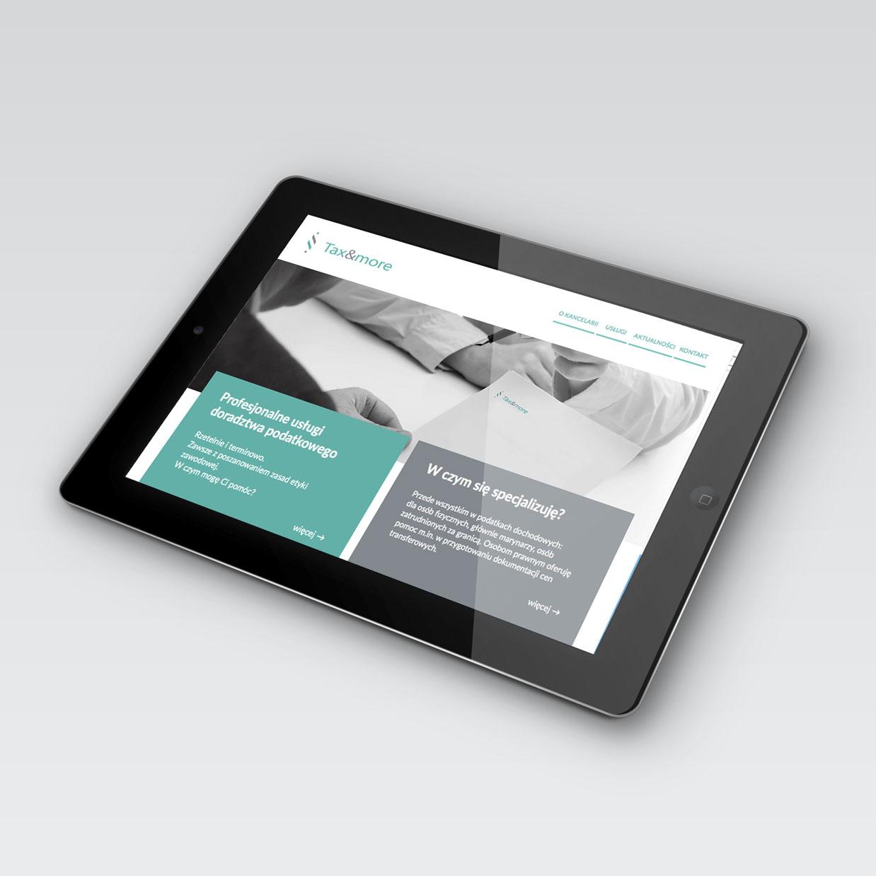 Strona internetowa Tax&More na tablecie